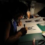 デザイン作業。手描きでこれほどの描写は驚異的